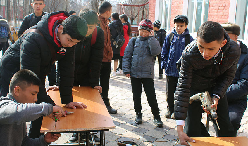 Young people taking part in the 'skilful hands' campaigns
